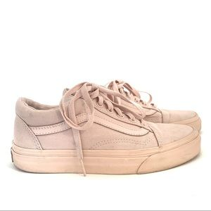 Vans Classic High Top in Pale Pink